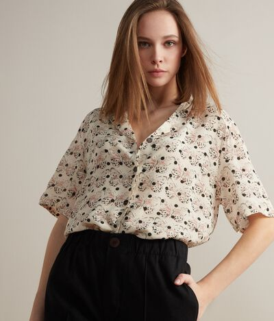 Short-Sleeved Silk Shirt