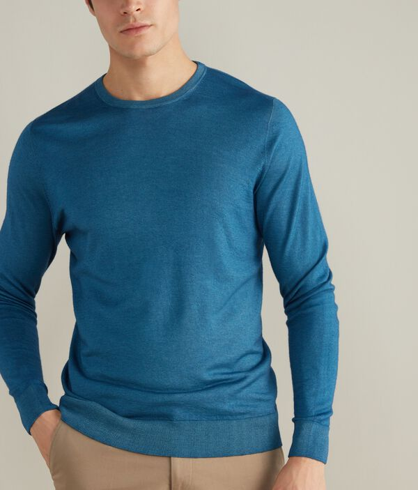 Ultralight cashmere crew neck sweater