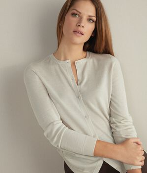 Ultralight Cashmere Buttoned Cardigan