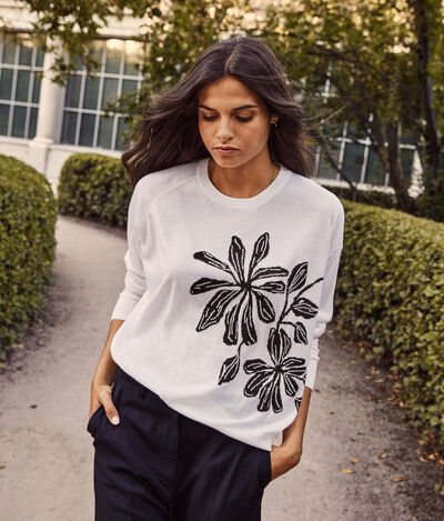 Ultralight Cashmere Jumper with Floral Inlay
