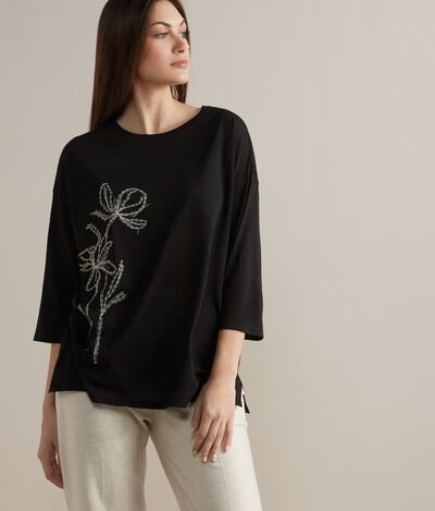 Fresh Silk T-Shirt with Flower Embroidery