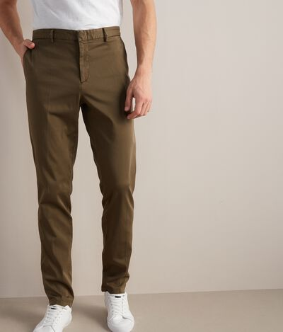 Lightweight Chino Trousers